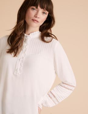 Beyaz Dantel Detaylı Uzun Kollu Bluz