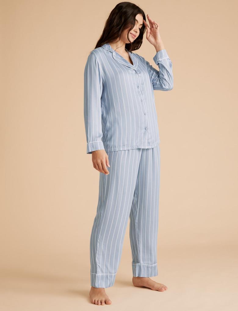 Kadın Mavi Çizgili Saten Pijama Takımı