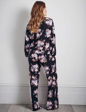 Kadın Siyah Çiçek Desenli Pijama Takımı