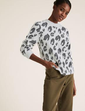 Kadın Beyaz Desenli Jakarlı Bluz