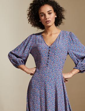 Kadın Mavi Çiçek Desenli V Yaka Elbise