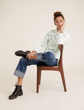Kadın Krem Çiçek Desenli Dik Yakalı Bluz