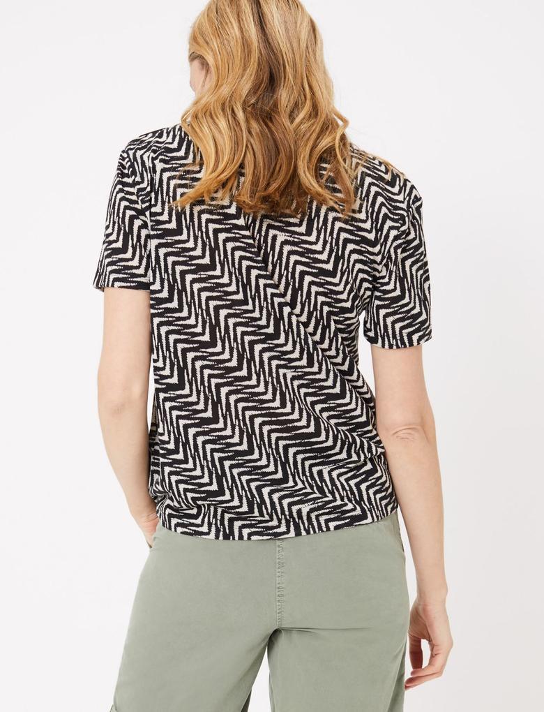 Kadın Siyah Desenli Relaxed T-Shirt