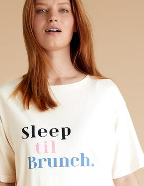 Kadın Pembe Sloganlı Şortlu Pijama Takımı