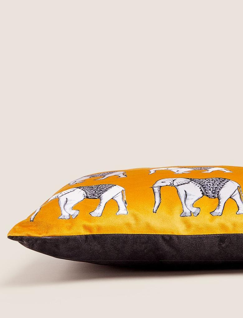 Ev Sarı Fil Desenli Kadife Yastık