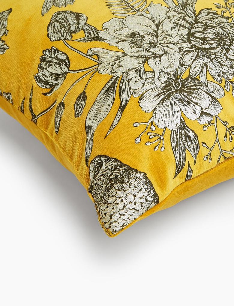 Ev Sarı Kadife Desenli Yastık