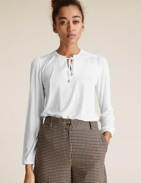 Kadın Beyaz Yaka Detaylı Relaxed Bluz