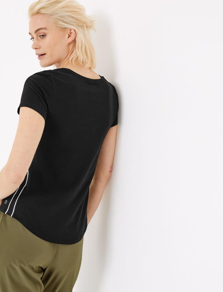 Kadın Siyah Pamuklu Kısa Kollu T-Shirt