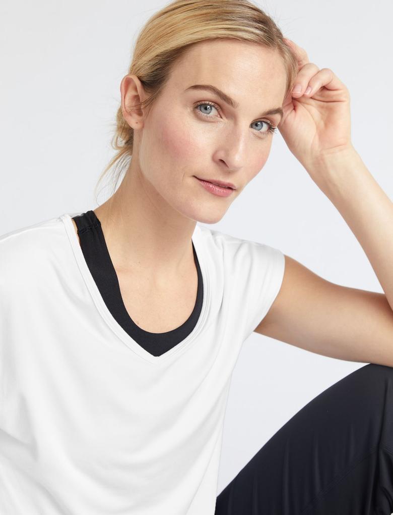 Kadın Beyaz V Yaka Yoga Bluzu