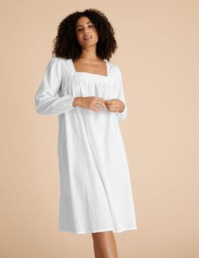 Kadın Beyaz Uzun Kollu Gecelik