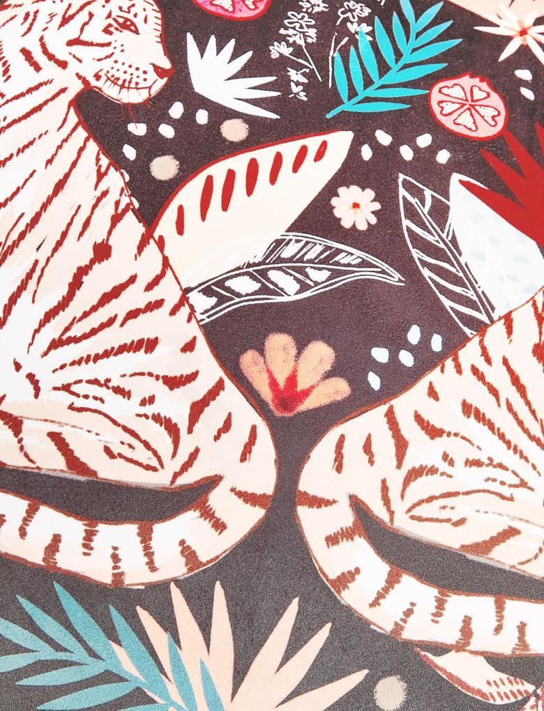 Ev Multi Renk Kadife Kaplan Desenli Yastık