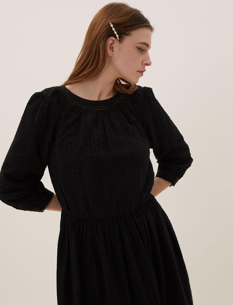 Kadın Siyah Pamuklu Dantel Detaylı Elbise