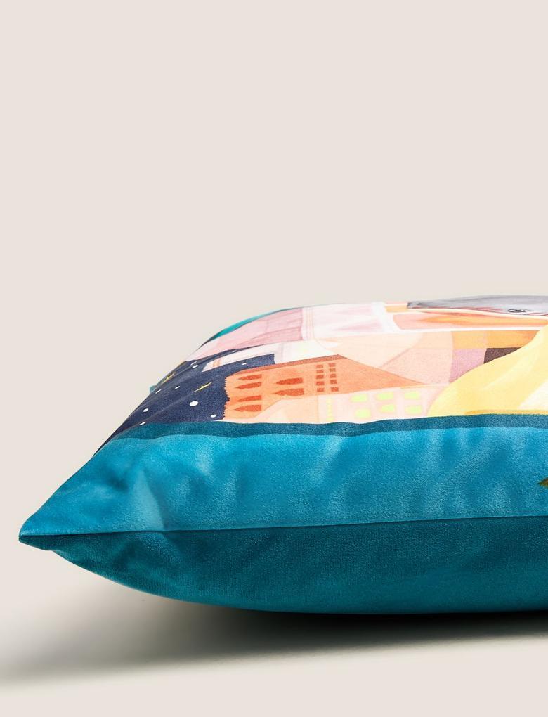 Ev Mavi Kadife Tropikal Desenli Dekoratif Yastık