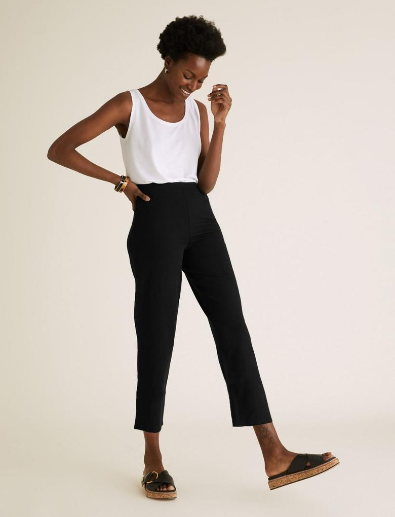Kadın Siyah Pamuklu Düz Paça Kısa Jogger