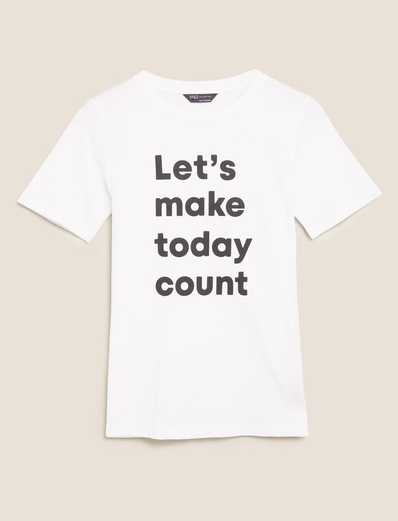 Kadın Beyaz Slogan Desenli Straight Fit T-Shirt