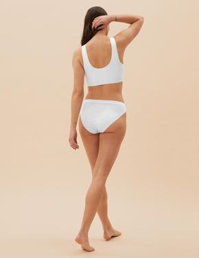Kadın Beyaz Flexifit™ Balensiz Crop Top Sütyen