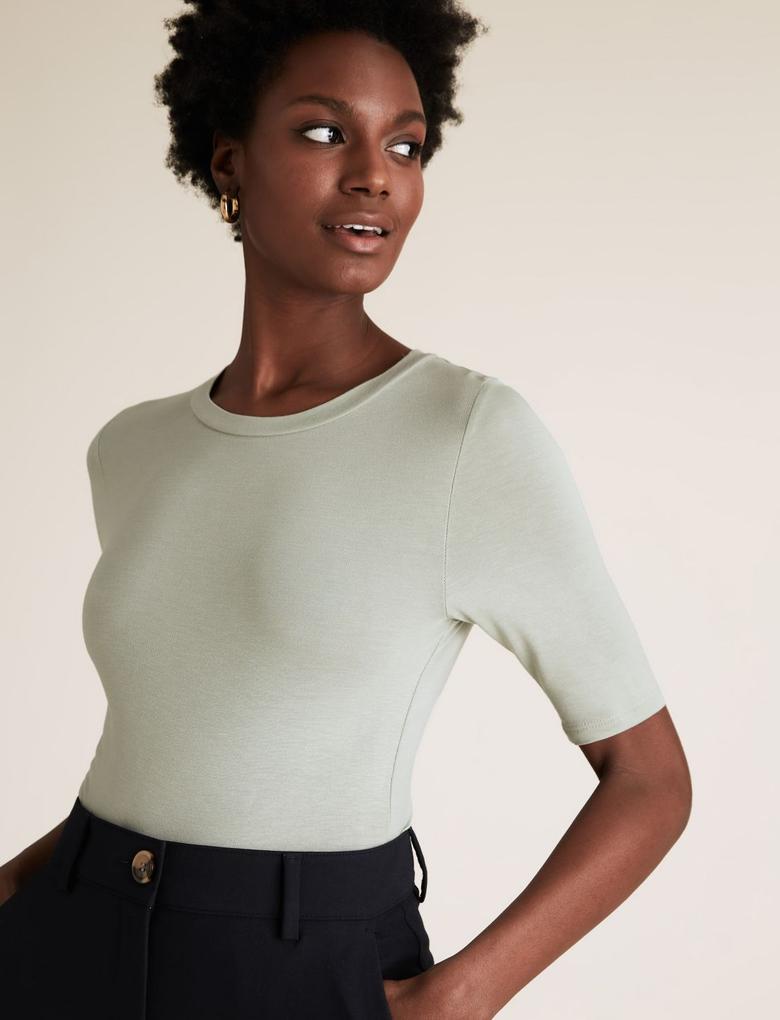 Kadın Yeşil Yarım Kollu Yuvarlak Yaka T-shirt