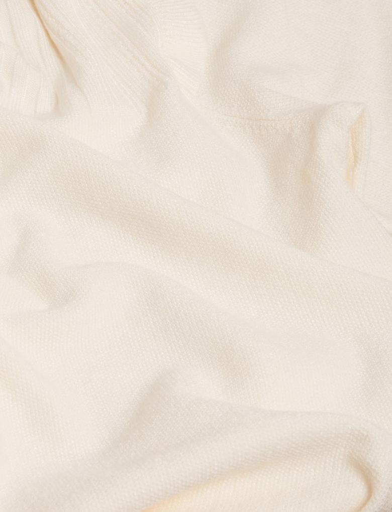 Kadın Krem Fırfır Detaylı Örme Bluz