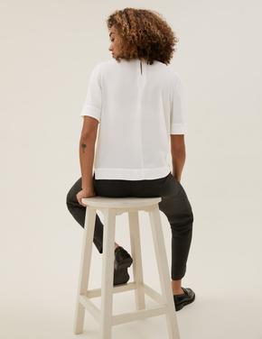 Kadın Krem Yuvarlak Yaka Kısa Kollu T-Shirt