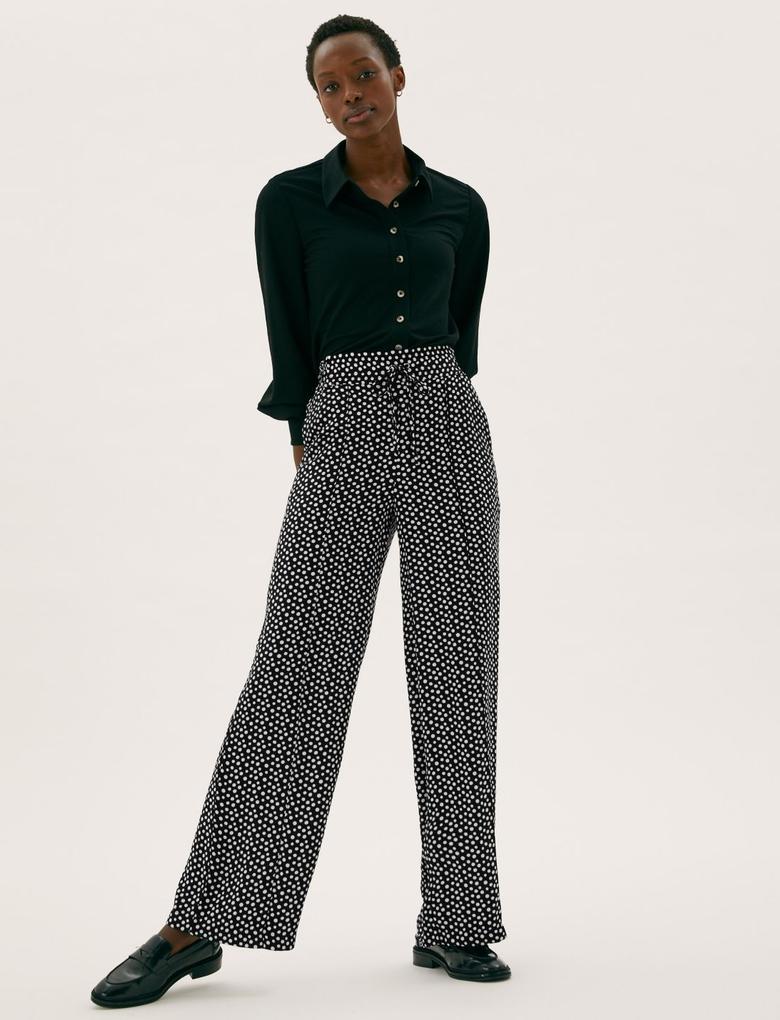 Kadın Siyah Geniş Paça Puantiye Desenli Pantolon