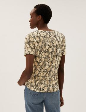 Kadın Kahverengi Yılan Derisi Desenli T-Shirt