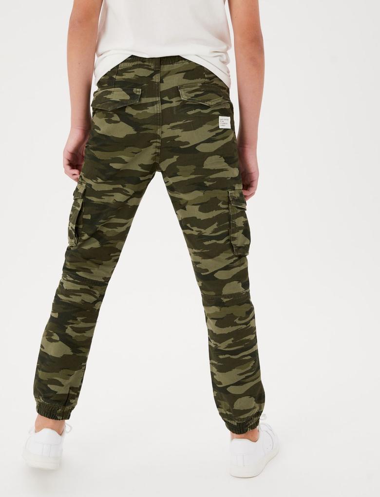 Erkek Çocuk Yeşil Kamuflaj Desenli Saf Pamuklu Kargo Pantolon (6-16 Yaş)