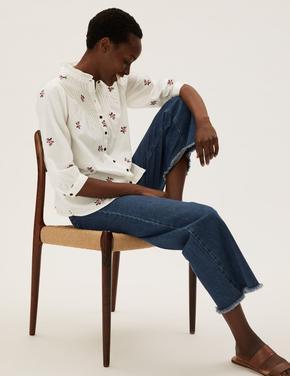 Kadın Beyaz Saf Pamuklu Çiçek Desenli Bluz