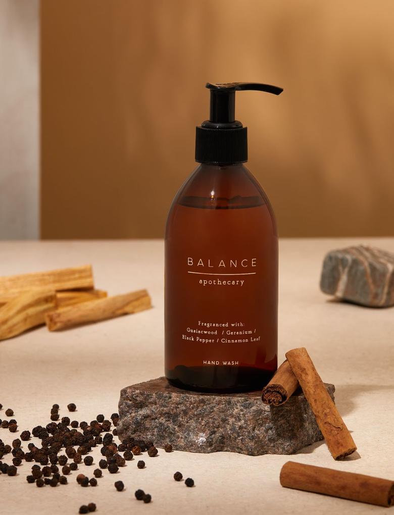 Kozmetik Renksiz Canlandırıcı Sıvı Sabun
