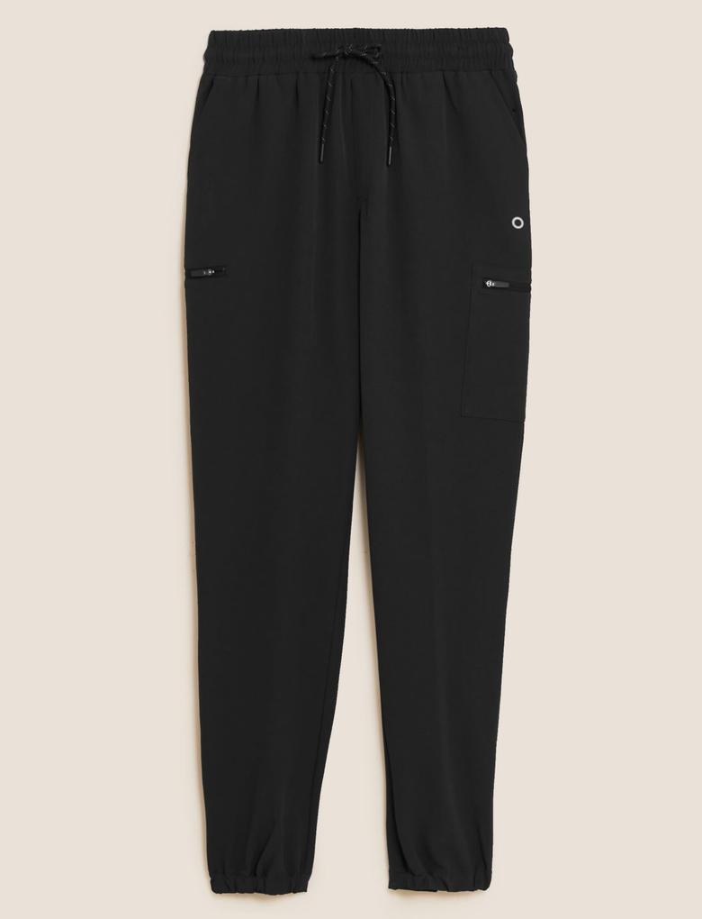 Kadın Siyah Tapered Fit Jogger Yürüyüş Pantolonu
