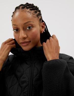 Kadın Siyah Kapüşonlu Oversize Polar Ceket