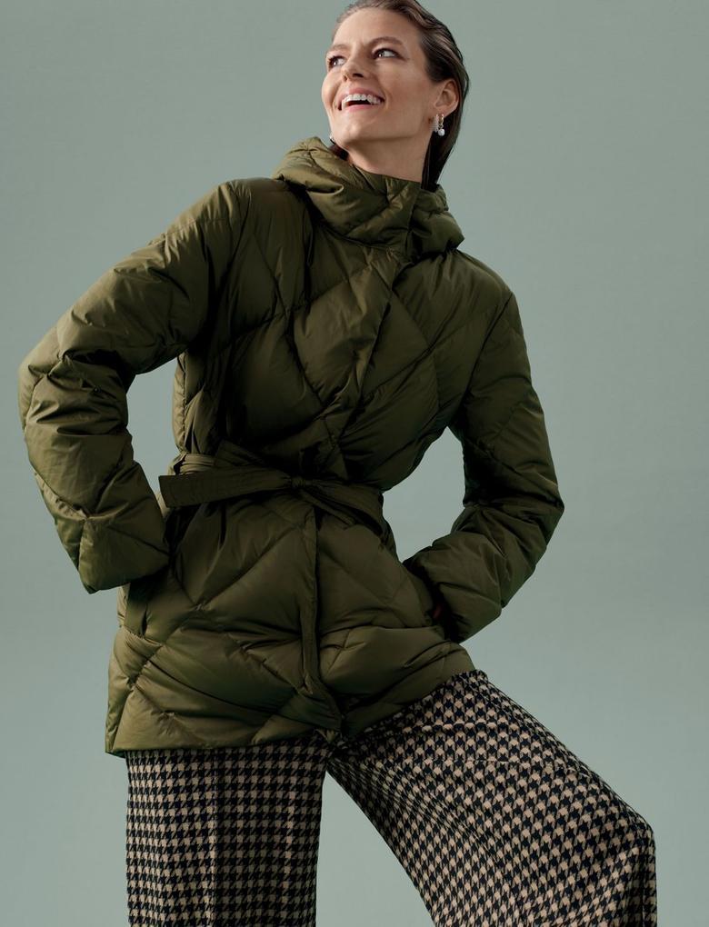 Kadın Yeşil Hafif Kaz Tüyü Kuşaklı Puffer Şişme Mont
