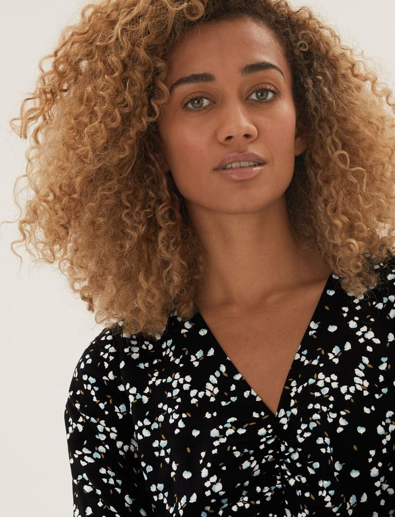 Kadın Siyah Çiçek Desenli V Yaka Midi Elbise